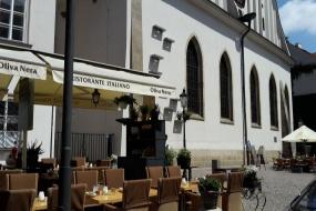 Restaurace z venku 2